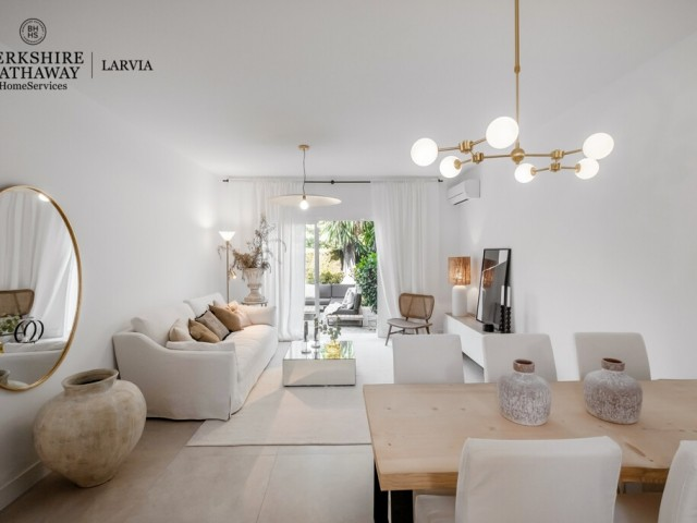 House for sale in Los Naranjos Country Club, Marbella