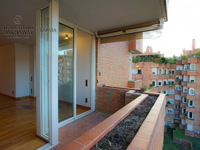 Flat for sale in Sarria, Barcelona