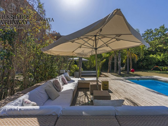 Luxury flat for sale in Galvany, Barcelona