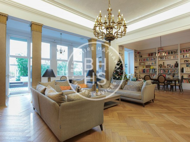 Flat with terrace for sale in Eixample Dret, Barcelona