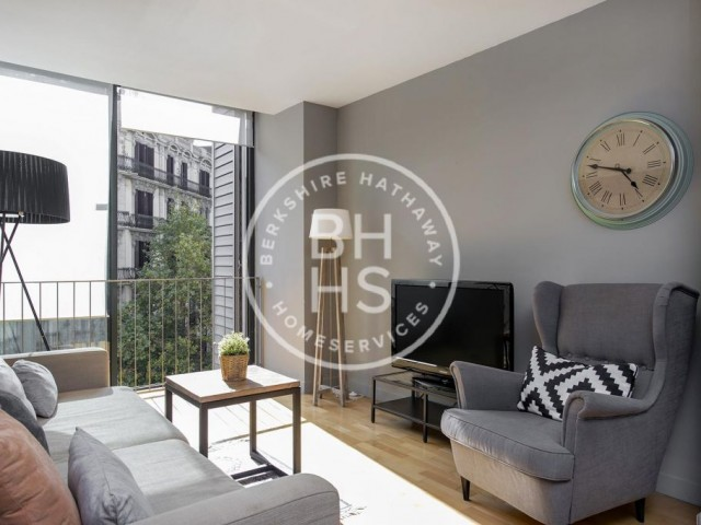 Flat for sale in Eixample Dret, Barcelona with tourist license