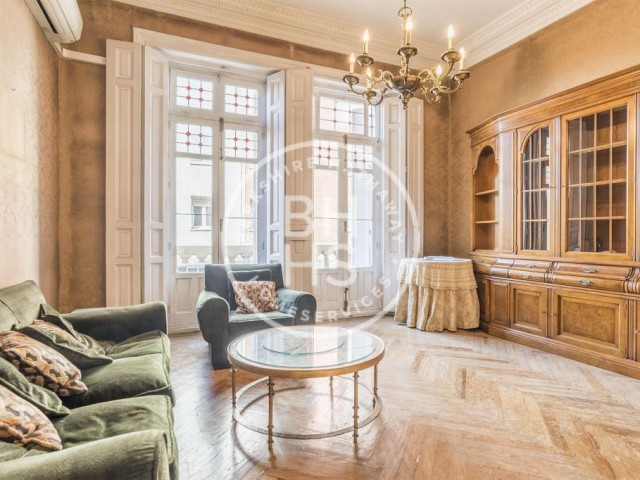218 sqm luxury house for sale in Castellana, Madrid