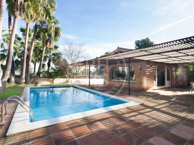 Unique house for sale in Pearson area - Pedralbes